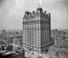 Bellevue-Stratford Hotel - 1910.  Home of the Legionaires' Disease in 1975.  It's now offices and a Park Hyatt Hotel.