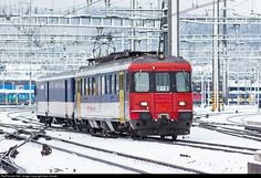 RailPictures.Net Photo: RBe 4/4 540 SBB RBe 4/4 at Olten, Switzerland by Jean Vernet