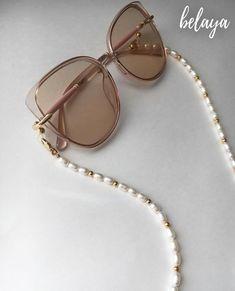 Cute Jewelry, Beaded Jewelry, Handmade Jewelry, Beaded Bracelets, Women Accessories, Jewelry Accessories, Black Choker Necklace, Bracelet Crafts, Beaded Brooch
