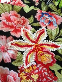 Awesome Most Popular Embroidery Patterns Ideas. Most Popular Embroidery Patterns Ideas. Creative Embroidery, Custom Embroidery, Embroidery Applique, Embroidery Stitches, Embroidery Patterns, Craft Fairs, Fabric Patterns, Bunt, Needlework