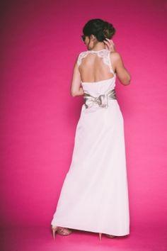 Robe Lydia collection 2016 LES MARIEES FOX, #robedemariee #cocktail #soie #dentelle #calais #ceinturecuir #noeud #dosnu #marieechic #elegance #mariee #bride #wedding #creatrice #madeinfrance #couture #paris #surmesure @LES MARIEES FOX @atomephotography