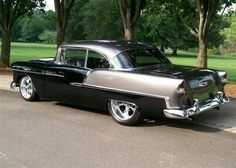1955 Chevy Bel Air looking great in silver and black (and with better wheels). Chevrolet Bel Air, 1955 Chevrolet, 1955 Chevy, Chevy Luv, Muscle Cars Vintage, Vintage Cars, Antique Cars, Retro Cars, Rat Rods