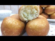 🔴ΠΙΡΟΣΚΙ ΑΥΘΕΝΤΙΚΗ ΡΩΣΙΚΗ ΣΥΝΤΑΓΗ TRADITIONAL RUSSIAN PIROSHKI - YouTube Breakfast Lunch Dinner, Garlic Sauce, Antipasto, Sour Cream, Recipies, Deserts, Muffin, Food And Drink, Cooking Recipes