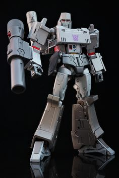 Transformers Masterpiece MP-36 Megatron Transformers Masterpiece, Transformers Action Figures, Transformers Megatron, Retro Toys, Vintage Toys, Gi Joe, Transformers Collection, Lego, Mecha Anime