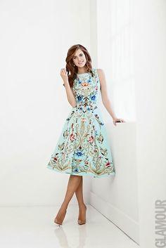 Love this dress. Model/Actress: Allison Williams