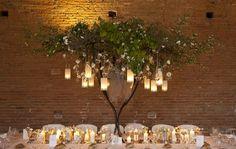 déco table des mariés arbre feuillage lanternes