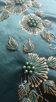 Hottest Pictures Beadwork embroidery Thoughts Line worry can certainly produce a big influence on how your diamond jewelry looks. Tambour Beading, Tambour Embroidery, Couture Embroidery, Indian Embroidery, Embroidery Fashion, Hand Embroidery Designs, Ribbon Embroidery, Beaded Embroidery, Embroidery Patterns