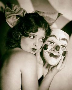 Clara Bow photo print poster vintage clown mask weird strange unusual Old Hollywood actress antique black and white wall decor art Cirque Vintage, Vintage Clown, Vintage Halloween, Creepy Vintage, Vintage Carnival, Vintage Costumes, Clowns, Halloween Pin Up, Halloween Masks