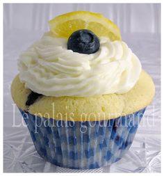 Le palais gourmand: Petits gâteaux au citron Meyer et aux bleuets