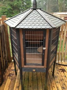 Gazebo rabbit hutch for Sale in Maple Valley, WA - OfferUp Woodworking Guide, Custom Woodworking, Woodworking Projects Plans, Rabbit Hutch For Sale, Rabbit Hutches, Rabbit Pen, Pet Rabbit, Maple Valley, Bird Cage