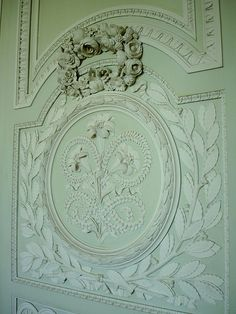 Wall art in the Petit Trianon, Paris Shades Of Green, Green And Grey, Mint Green, Marie Antoinette, Louis Seize, Baroque Decor, Wall Molding, Colour Board, Architecture Details