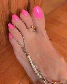 Pin by dale on beautiful feet soles long toenails beautiful Black Toe Nails, Pink Toe Nails, Pretty Toe Nails, Sexy Nails, Sexy Toes, Pretty Toes, Women's Feet, Feet Soles, Pink Pedicure