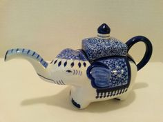 "Oriental Ceramic Elephant Tea Pot with Lid - Cobalt Blue & White - Made in Thailand - 6"" tall"