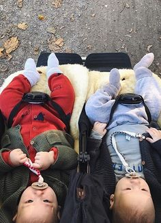 Our best selling duet™ double side-by-side buggy offers a number of configurations, is all terrain and accessible to most narrow spaces. Mountain Buggy Duet, Siblings, Twins, Double Buggy, Double Strollers, Prams, Little Ones, Baby Kids, Bebe