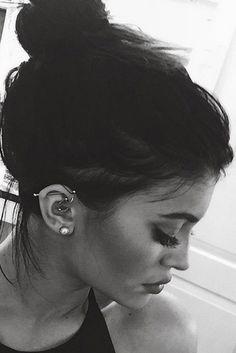 Kylie Jenner Ear Piercing Jewelry at MyBodiArt Ear Piercing For Women, Unique Ear Piercings, Multiple Ear Piercings, Celebrity Ear Piercings, Ohrknorpel Piercing, Ear Piercings Cartilage, Cartilage Hoop, Rook Piercing Jewelry, Ear Piercings