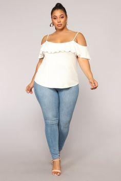 Women S Plus Size Duster Dresses Info: 3211669169 Plus Size Jeans, Plus Size Tips, Look Plus Size, Plus Size Model, Plus Size Fashion For Women, Plus Size Womens Clothing, Clothes For Women, Size Clothing, Skirt Fashion