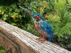 Kingfish wire Bird Sculpture by Paul Green.