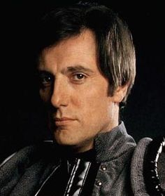 Paul Darrow as Kerr Avon, favorite scifi character of all time (Blake's 7)