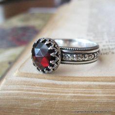 Sterling Silver Medieval Rose Cut Garnet Ring.
