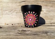 A personal favorite from my Etsy shop… Mandala Painting, Dot Painting, Mandala Art, Painted Clay Pots, Painted Flower Pots, Hand Painted, Horticulture, Flower Pot Design, Succulent Pots