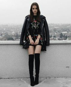 Gothic Photography, Grunge Fashion, Punk Rock, Girl Birthday, Youtubers, Hair Styles, How To Wear, Outfits, Image