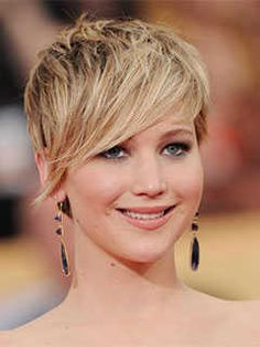 Short Haircuts for Heart Shaped Faces: Fringed Pixie Cut, Jennifer Lawrence