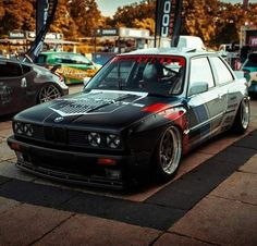 This thing is jaw dropping. Do you like the livery? Bmw M Series, Bmw E30 M3, Bmw Wallpapers, Veteran Car, Bmw Love, Bmw 2002, Automotive Photography, Japanese Cars, Bmw Cars