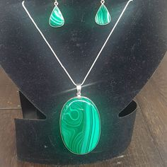We believe in natural healing to promote inner wellness and clarity, allowing you to live to your fullest potential. We are devoted to providing high quality crystals, mystical gemstones, and other powerful tools. Metaphysical Store, Toronto Star, Handmade Sterling Silver, Crystals And Gemstones, Malachite, Chakras, Crystal Healing, Gemstone Jewelry, Evolution