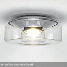 """Modern und funktional wirkt die Deckenleuchte """"Curling Ceiling"""" von Serien Raumleuchten. Aus transparentem Glas gefertigt, sorgt die zylindrische LED-Leuchte …"""