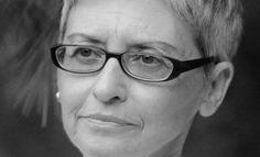 Η Μαρία Σκιαδαρέση απαντά στο ερωτηματολόγιο του L My Maria, Literature, Glasses, Literatura, Eyewear, Eyeglasses, Eye Glasses