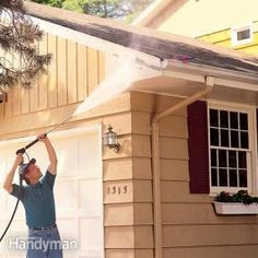 A Pressure Washer Cleans Old Paint Fast Here S How To Pressure Wash Your Whole House