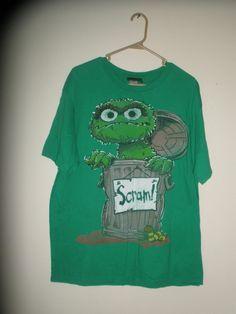 """Sesame Street Oscar The Grouch """"Scram!"""" Green T-Shirt Size Men's XL 100% Cotton"""