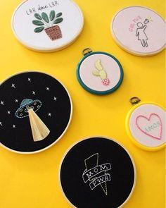 Instagram media by belabordadeira - É hoje! A partir das 12h, no @plazacasaforte. Passa lá!  Teremos bordados prontos, almofadas e necessaires bordadas, kits para bordar em casa e bastidores de silicone à venda.