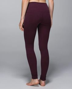 Lululemon Wunder Under Pant*Roll Down*CT - Bordeaux drama Athletic Outfits, Sport Outfits, Lulu Love, Under Pants, Lulu Lemon, Gym Fashion, Fashion Outfits, Gym Style, Wunder Under