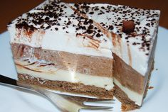 Myslíme si, že by sa vám mohli páčiť tieto piny - sbel Sweet Desserts, Sweet Recipes, Dessert Recipes, Russian Recipes, Vanilla Cake, Tiramisu, Sweet Tooth, Food And Drink, Cooking Recipes