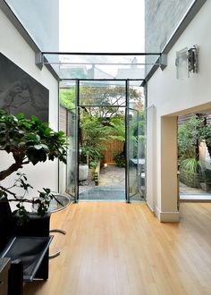 http://www.world-architects.com/en/n-tree/projects-3/Subtracted_Garden-54744