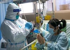 Doctor at Wuhan hospital dies as coronavirus outbreak spreads to 4 continents Wuhan, In China, Beijing, Doctor In, Doctor Office, Critical Care, Continents, Cool Pictures, Medicine