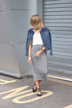 Street Style Outfit Inspiration - Grey knitted skirt and denim jacket with lace up flats by Charlotte Lewis - UK Fashion Blogger at Lurchhoundloves