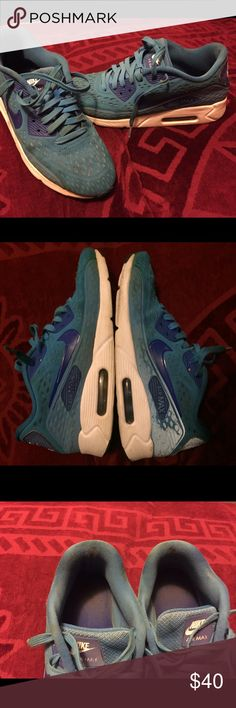 Nike air max 8.5 Signs of wearing see all photos , still in good condition Nike Shoes Sneakers