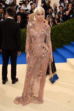 Kylie Jenner in Atelier Versace | Met Gala 2017