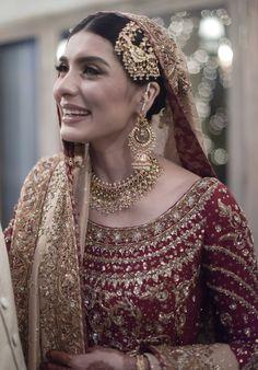 15 Pakistani Brides who Nailed their Wedding Jewellery Game! Pakistani Bridal Couture, Pakistani Bridal Jewelry, Pakistani Wedding Outfits, Indian Wedding Jewelry, Bridal Outfits, Indian Bridal, Pakistani Dresses, Indian Outfits, Pakistani Bride Hairstyle