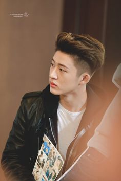 Image discovered by iKON BABBY. Find images and videos about Ikon, leader and bobby on We Heart It - the app to get lost in what you love. Kim Hanbin Ikon, Ikon Kpop, K Pop, Bobby, Ringa Linga, Ikon Leader, Kim Ji Won, Stylish Boys, Boy Pictures