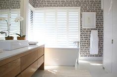 Michele Throssell Interiors > bathroom