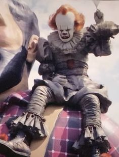 """horrorclowns: """"When no one wants to play with the clown anymore """" I'll play with you Penny 🥰 Clown Horror Movie, It The Clown Movie, Horror Movie Characters, Arte Horror, Horror Movies, Geek Movies, Diy Halloween Decorations, Halloween Diy, Freddy Krueger"""