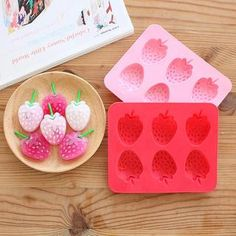 Buy 'Lazy Corner – Strawberry Ice Cube Tray' with Free International Shipping at YesStyle.com. Browse and shop for thousands of Asian fashion items from China and more!