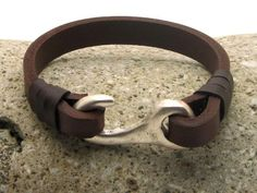 FREE SHIPPING Men's leather bracelet. Mens bracelet. Men accessories. Brown leather cuff men's bracelet with silver plated clasp.