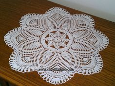 Kirini ručni radovi: Circular tablecloth for commode