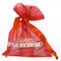 Organza zakjes mix maat 6 met cupcake lint. Vepakt in een mix van 20 stuks in de kleuren rood, roze, lila en fuchsia (5 stuks per kleur per mix)    http://www.organzastore.nl/organza-specials/cupcake-mix-organzazakjes.html