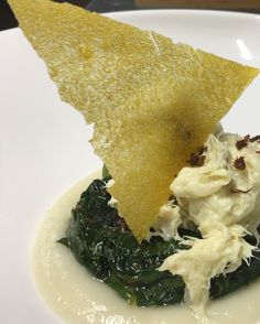Stockfish brandade with cauliflower cream, spinaches and capper's powder