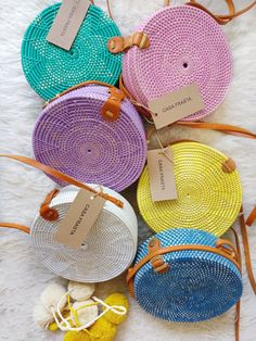 Best 12 Colorful Flores Roundie is what you need to color up your Summer look! Roomie enough to store your daily or beach essentials. Features Woven Rattan Genuine Leather Strap Clip Closure Traditional Motives Batik Lining Measurement approximately D Bead Crochet, Crochet Shell Stitch, Round Bag, Crochet Handbags, Crochet Bags, Basket Bag, Summer Bags, Crossbody Shoulder Bag, Handmade Bags